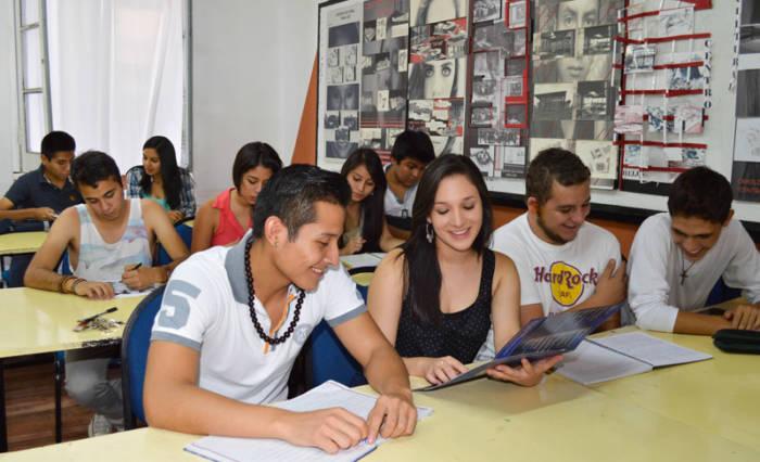 estudiantes_apoyo_imagen
